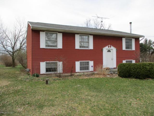 1800 S College Road, Mason, MI 48854 (MLS #225381) :: Real Home Pros