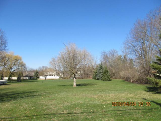 510 S Lansing, St. Johns, MI 48879 (MLS #225403) :: Real Home Pros