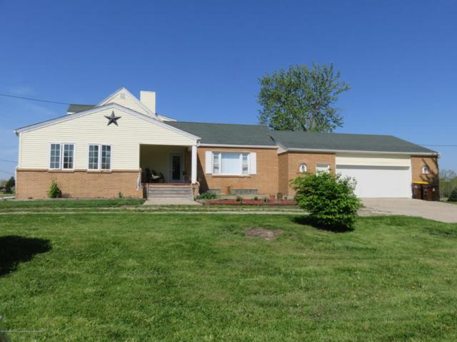 7123 E Mt Hope Highway, Grand Ledge, MI 48837 (MLS #226231) :: Real Home Pros