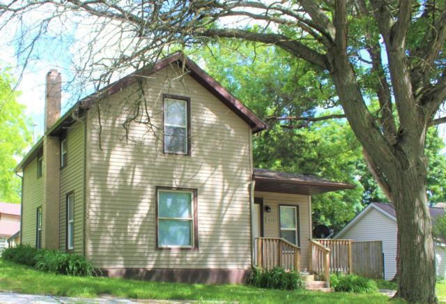 532 Bentley Street, Eaton Rapids, MI 48827 (MLS #226926) :: Real Home Pros