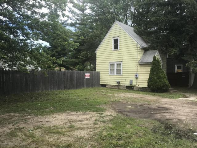 1916 W Jolly Road, Lansing, MI 48910 (MLS #227511) :: Real Home Pros