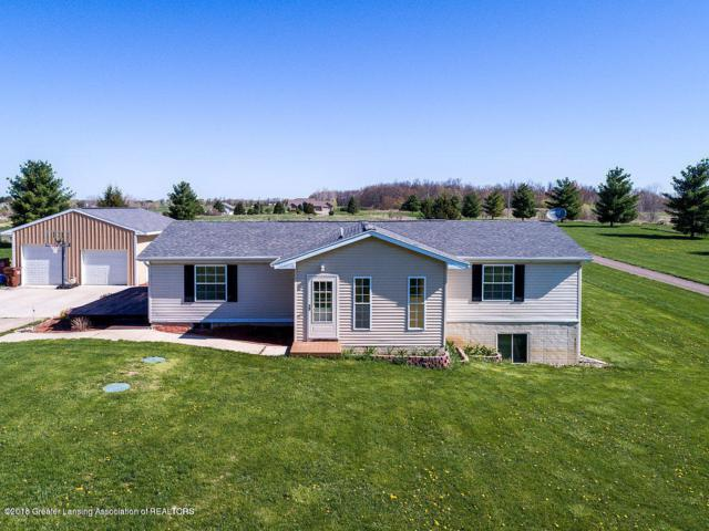 9261 Round Lake Road, Laingsburg, MI 48848 (MLS #227610) :: Real Home Pros
