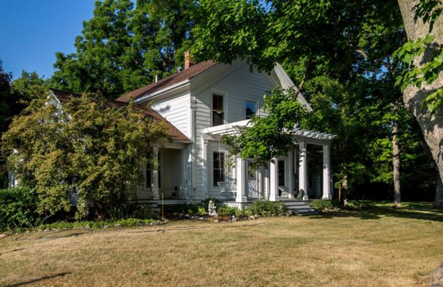 7815 W Beard Road, Perry, MI 48872 (MLS #228312) :: Real Home Pros