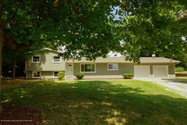 1724 W Kalamo Highway, Charlotte, MI 48813 (MLS #229210) :: Real Home Pros
