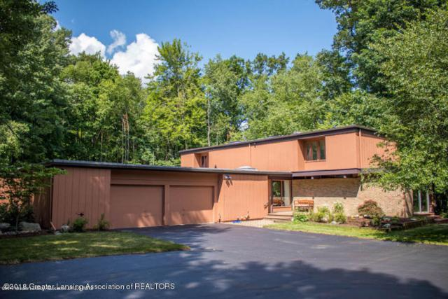 4920 Country Drive, Okemos, MI 48864 (MLS #229832) :: Real Home Pros