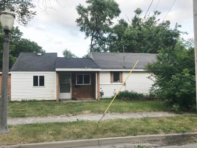 301 Potter Avenue, Lansing, MI 48910 (MLS #229840) :: Real Home Pros