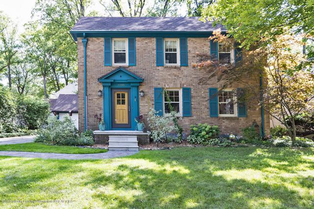 1105 Wildwood Drive, East Lansing, MI 48823 (MLS #230204) :: Real Home Pros