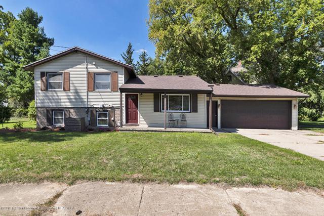 2129 Riverside Court, Lansing, MI 48906 (MLS #230451) :: Real Home Pros