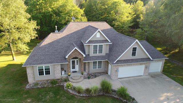 737 W Dexter Trail, Mason, MI 48854 (MLS #230466) :: Real Home Pros