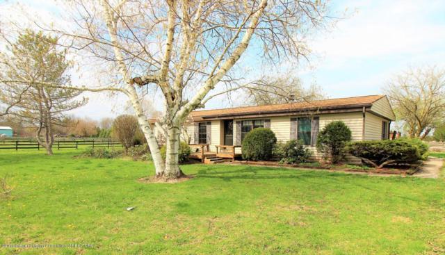2868 Kemler Road, Eaton Rapids, MI 48827 (MLS #230467) :: Real Home Pros