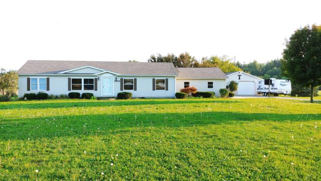 15575 W Eaton Highway, Grand Ledge, MI 48837 (MLS #230715) :: Real Home Pros