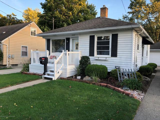 1927 Victor Avenue, Lansing, MI 48910 (MLS #230728) :: Real Home Pros