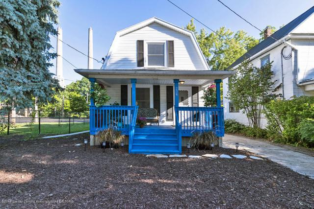 236 Moores River Drive, Lansing, MI 48910 (MLS #230781) :: Real Home Pros