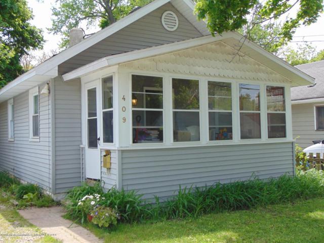 409 Filley Street, Lansing, MI 48906 (MLS #230960) :: Real Home Pros