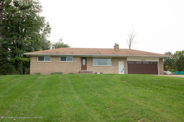 1825 N Canal Road, Lansing, MI 48917 (MLS #230974) :: Real Home Pros