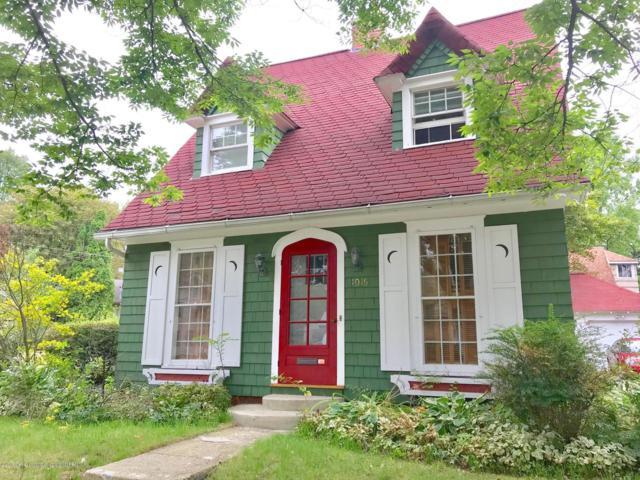 1016 Smith Avenue, Lansing, MI 48910 (MLS #231087) :: Real Home Pros