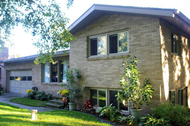 1328 Mayfield Drive, Lansing, MI 48906 (MLS #231127) :: Real Home Pros