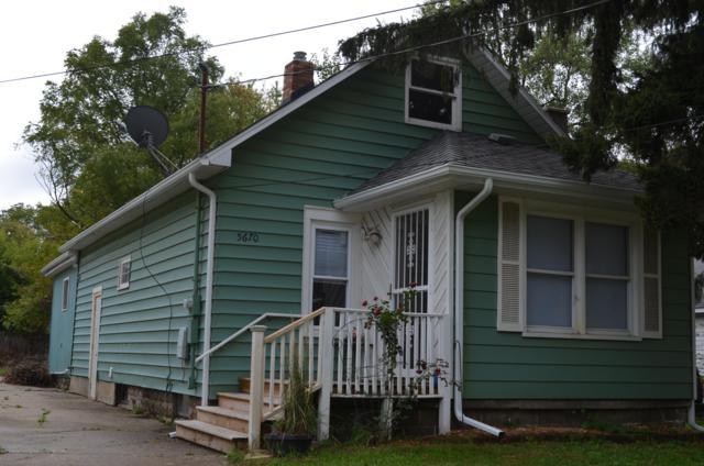 5670 Valencia Boulevard, Lansing, MI 48911 (MLS #231174) :: Real Home Pros