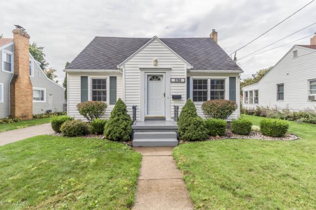 2706 Pattengill Avenue, Lansing, MI 48910 (MLS #231201) :: Real Home Pros