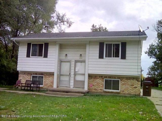 208-212 N Grace Street, Lansing, MI 48917 (MLS #231239) :: Real Home Pros