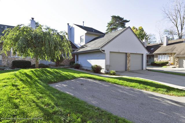 1116 Timber Creek Drive #34, Grand Ledge, MI 48837 (MLS #231431) :: Real Home Pros