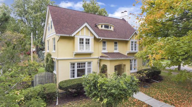 1204 N Genesee Drive, Lansing, MI 48915 (MLS #231453) :: Real Home Pros