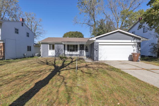 4024 Windward Drive, Lansing, MI 48911 (MLS #231501) :: Real Home Pros
