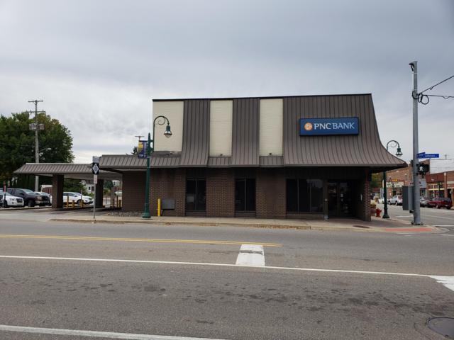 301 S Bridge Street, Grand Ledge, MI 48837 (MLS #231504) :: Real Home Pros