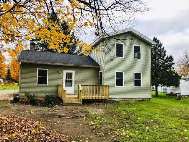 908 Water Street, Eaton Rapids, MI 48827 (MLS #231892) :: Real Home Pros