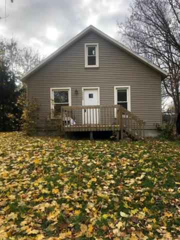 13580 Walnut Street, Bath, MI 48808 (MLS #231934) :: Real Home Pros