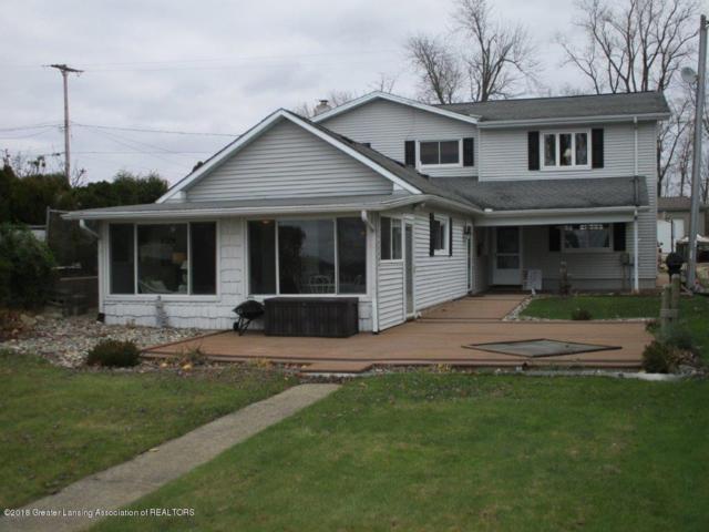 982 N Shore Drive, Springport, MI 49284 (MLS #232004) :: Real Home Pros