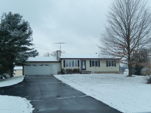 2809 N Canal Road, Eaton Rapids, MI 48827 (MLS #232070) :: Real Home Pros