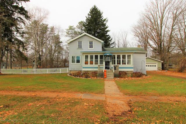 712 West Street, Eaton Rapids, MI 48827 (MLS #232073) :: Real Home Pros