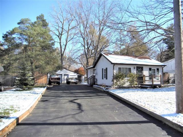 6229 Barker Street, Lansing, MI 48911 (MLS #232117) :: Real Home Pros