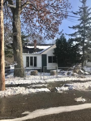 1233 Allen, Lansing, MI 48912 (MLS #232453) :: Real Home Pros