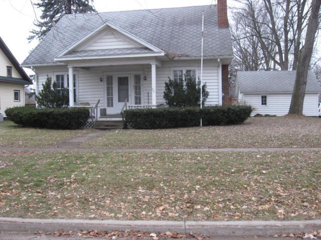 521 E Scott Street, Grand Ledge, MI 48837 (MLS #232620) :: Real Home Pros