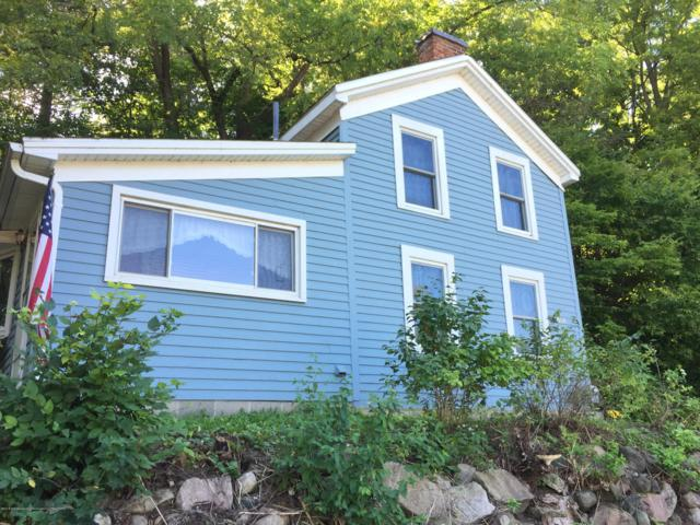 608 E Grand River Avenue, Portland, MI 48875 (MLS #232806) :: Real Home Pros