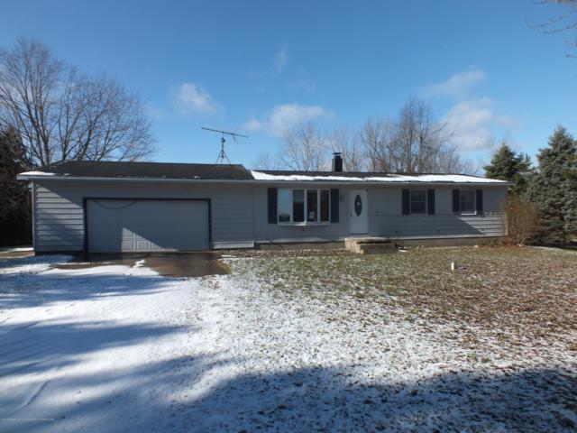 9000 S Hollister Road, Laingsburg, MI 48848 (MLS #232863) :: Real Home Pros