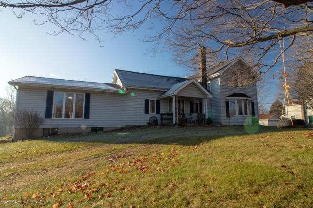 3040 Packard Highway, Charlotte, MI 48813 (MLS #233096) :: Real Home Pros