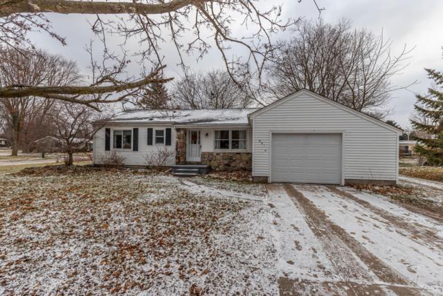 601 Cohalben Street, Eaton Rapids, MI 48827 (MLS #233207) :: Real Home Pros