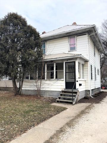 1611 S Cedar Street, Lansing, MI 48910 (MLS #233225) :: Real Home Pros