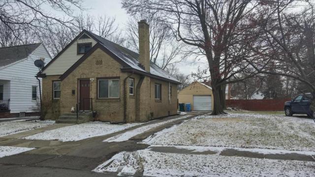 2009 N Genesee, Lansing, MI 48915 (MLS #233397) :: Real Home Pros