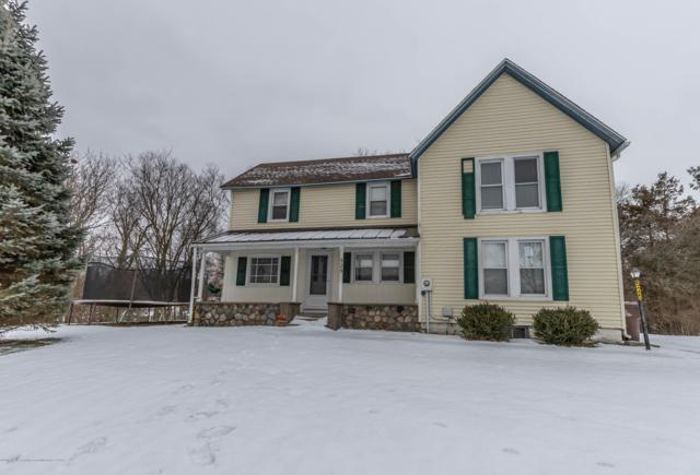 525 Lyons Road, Portland, MI 48875 (MLS #233554) :: Real Home Pros