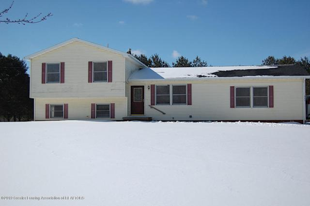 645 N Royston Road, Charlotte, MI 48813 (MLS #233949) :: Real Home Pros