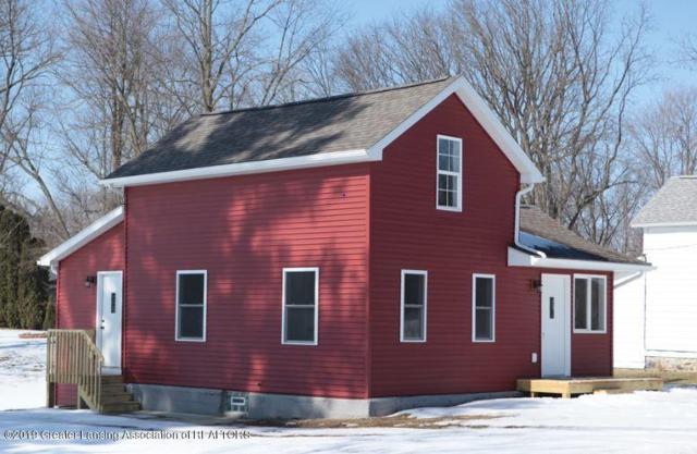 422 Brackett Street, Charlotte, MI 48813 (MLS #234243) :: Real Home Pros
