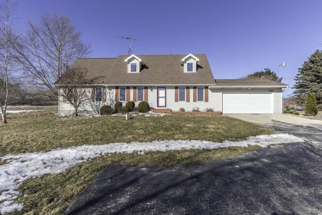6822 S Lowell Road, St. Johns, MI 48879 (MLS #234454) :: Real Home Pros