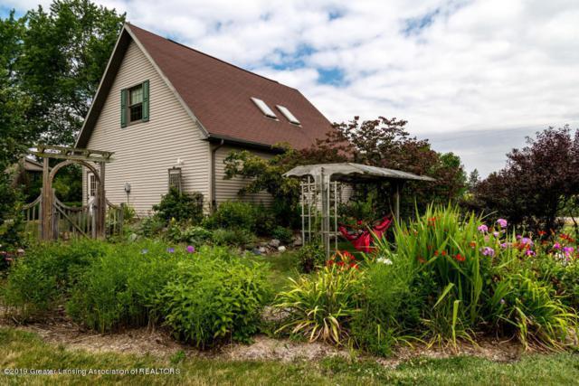 1511 S Onondaga Road, Mason, MI 48854 (MLS #234472) :: Real Home Pros