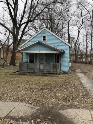 2106 N Grand River Avenue, Lansing, MI 48906 (MLS #234612) :: Real Home Pros