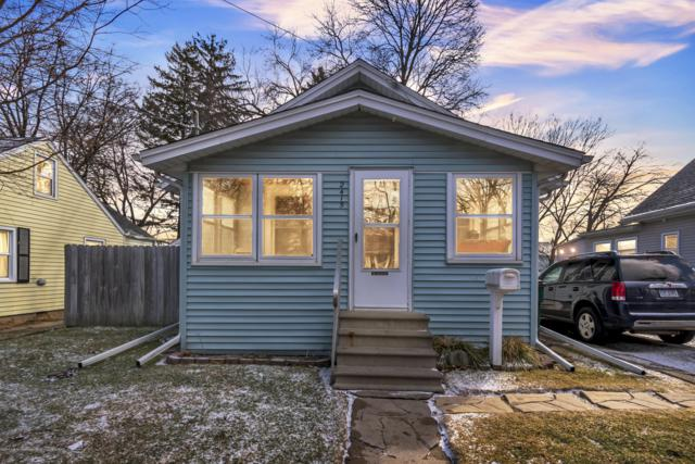2415 Forest Avenue, Lansing, MI 48910 (MLS #234615) :: Real Home Pros
