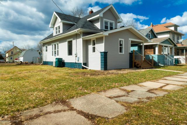 1515 Vermont Avenue, Lansing, MI 48906 (MLS #234619) :: Real Home Pros